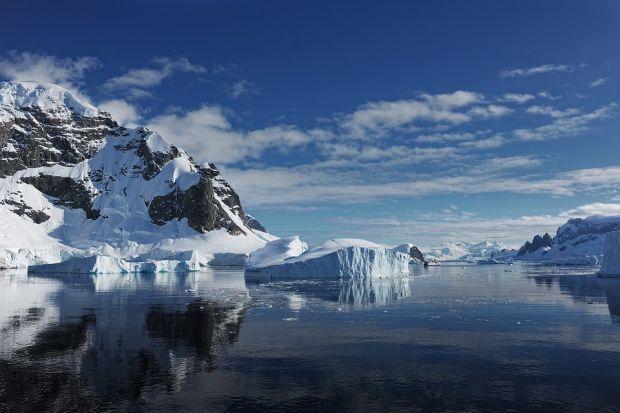 O suprafata uriasa de gheata din Antarctica s-a topit in ultimii ani