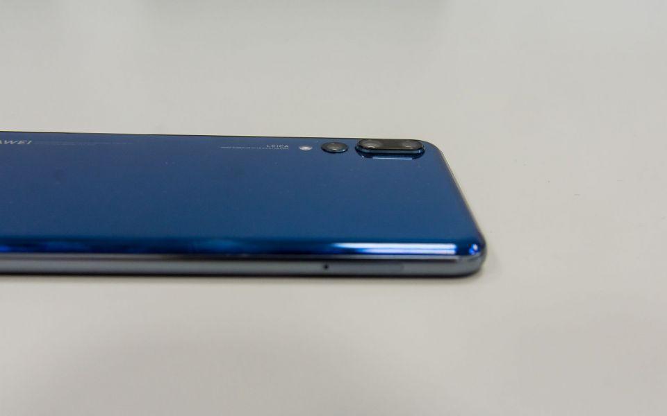 Review Huawei P20 Pro: Camera foto care este si telefon! Cel mai bun smartphone din 2018?