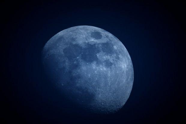 Ce se afla pe fata nevazuta a Lunii? Un satelit lansat de China va raspunde la aceasta intrebare