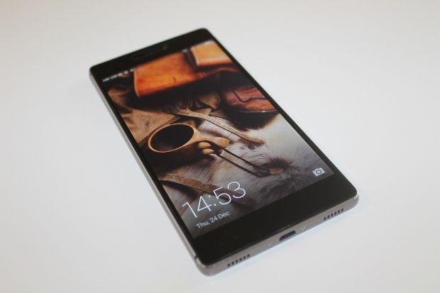Huawei vrea sa schimbe design-ul telefoanelor! Ce fel de ecran vor avea urmatoarele modele