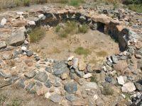 Arheologii au descoperit un mormânt intact, vechi de peste 3.500 de ani. Ce-au găsit în interior