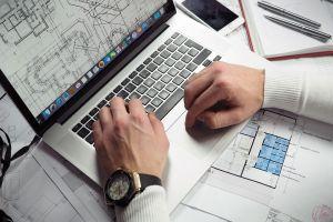 Apple va lansa un laptop mai accesibil, fără Touch Bar