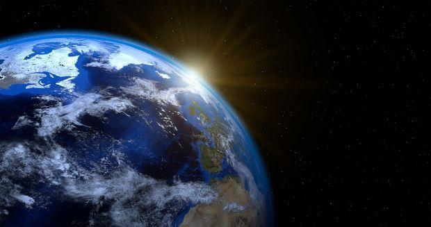 Rotația Pământului în jurul propriei axe, afectată de încălzirea globală. Studiu realizat de NASA