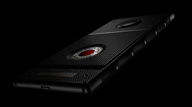 Primul telefon cu display holografic va fi lansat în curând. Cât costă și ce poate face Hydrogen One