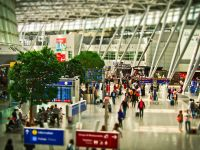 Țara care îi obligă pe turiști să le arate vameșilor orice fișier din telefon sau laptop