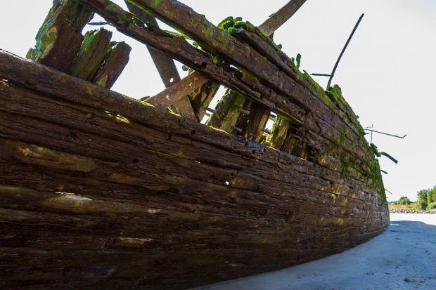 O comoară de acum 400 de ani, descoperită la bordul unei epave din Dunăre