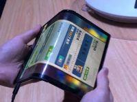 A fost lansat primul smartphone pliabil. Telefonul are un preț uriaș