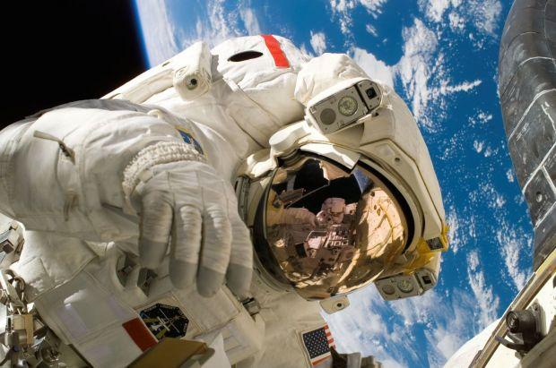 Cum miroase în spațiu? Răspunsul surprinzător dat de astronauții NASA