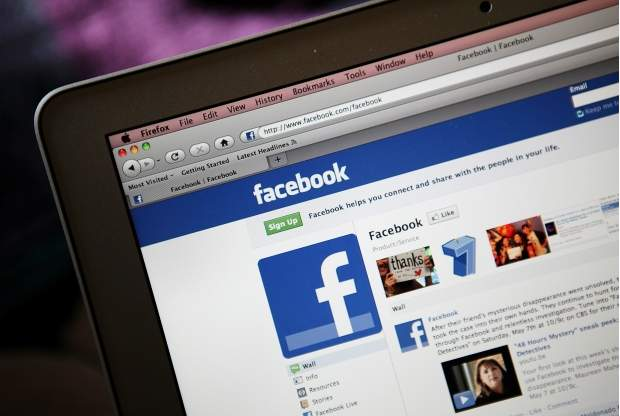 Dată în judecată pentru o postare pe Facebook. Ce a făcut această utilizatoare