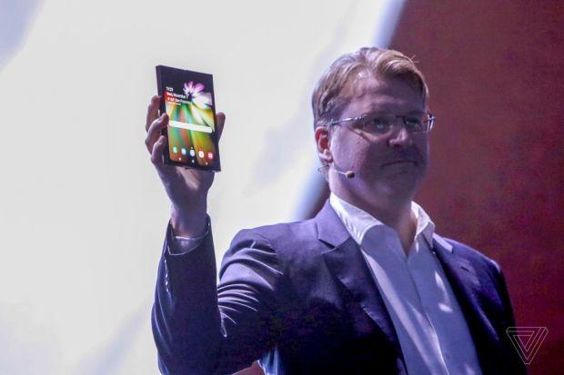 E oficial! Samsung Galaxy Flex va fi prezentat alături de noua serie Galaxy S10