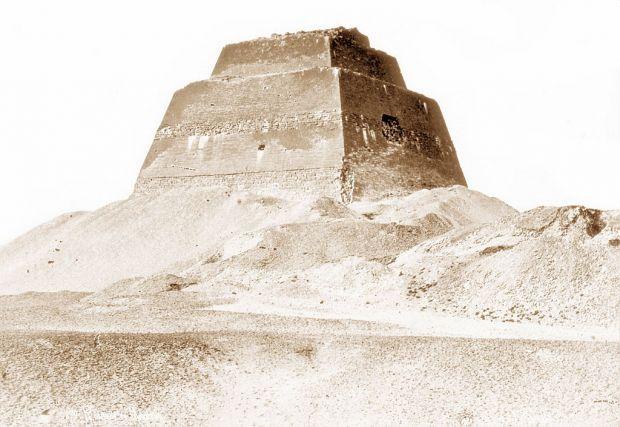 Descoperire surprinzătoare la baza unei piramide de acum 4.600 de ani. Ce-au găsit egiptologii
