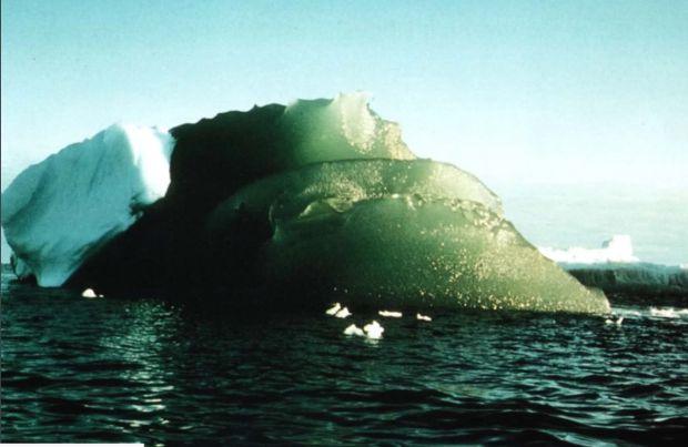 Misterul ghețarilor verzi din Antarctica. Fenomenul care i-a uimit pe cercetători