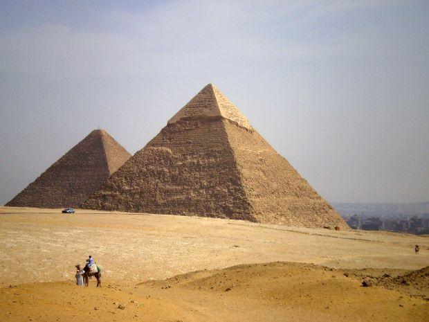 Descoperire neașteptată în Egipt, lângă piramidele de la Giza. Are o vechime de peste 4.000 de ani
