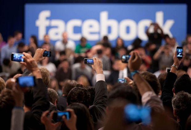 Facebook vrea experiențe personale pentru utilizatorii săi. Cum vrea să schimbe, din nou, news feed-ul