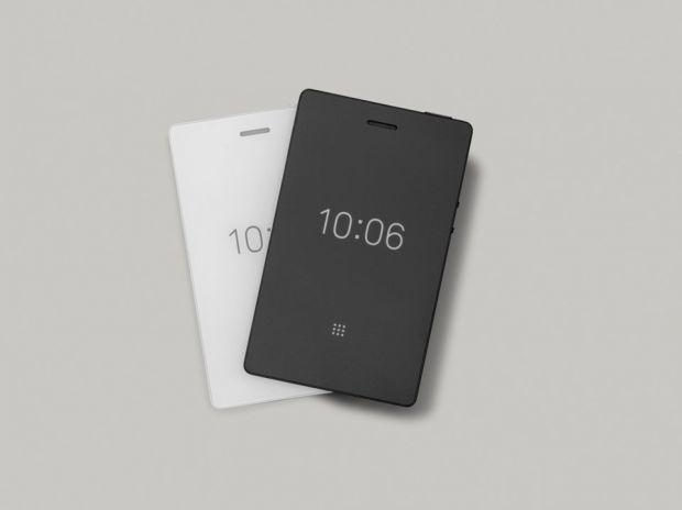 Light Phone 2, gadgetul promovat drept bdquo;telefonul prost , opusul unui smartphone. Ce poți face cu el