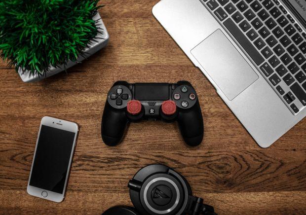 Funcțiile prin care Apple vrea să-ți transforme iPhone-ul într-un PS4 mobil
