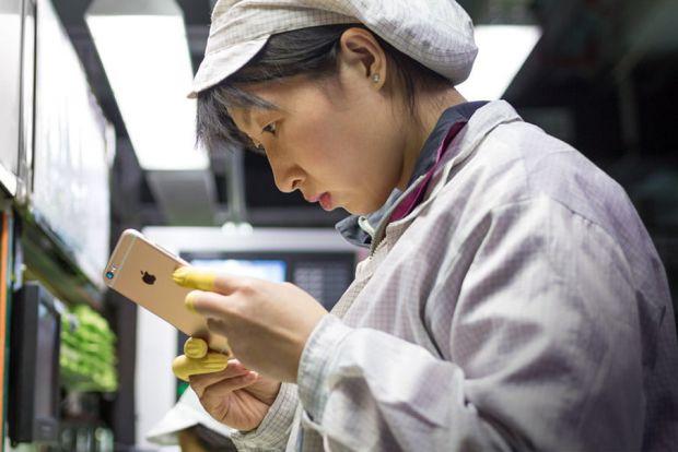 Unde ar putea fi produse telefoanele Apple de acum înainte? Ar putea fi o lovitură uriașă