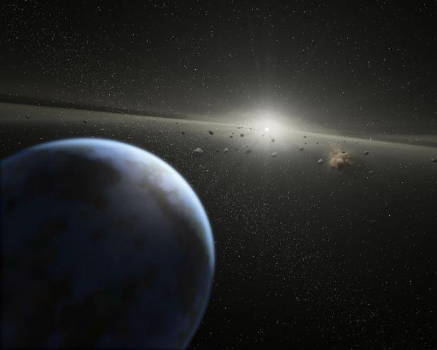 Un asteroid de trei ori mai mare ca un teren de fotbal se apropie de Pământ