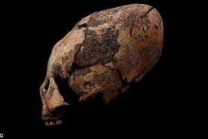 Motivul pentru care oamenii de acum 12.000 de ani își modificau intenționat forma capului