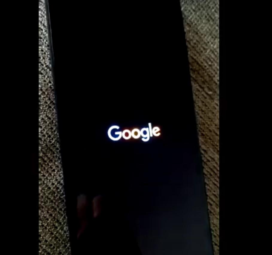 De ce e indicat să-ți pui telefonul pe Dark Mode. Google testează deja acest format