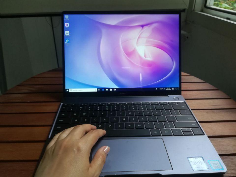 Review Huawei Matebook 13, un ultrabook cu aspect premium și performanțe foarte bune