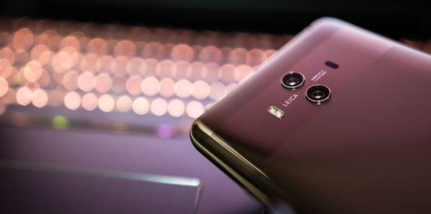 Telefonul misterios de la Huawei care tocmai a fost brevetat în China