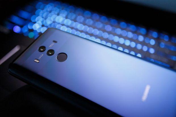 Huawei, aproape de supremația în lumea telefoanelor. Cifra de vânzări uriașă estimată de fondatorul companiei pentru 2019