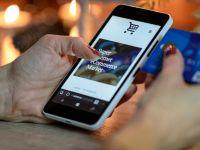 Cum te protejezi de fraude online atunci când faci cumpărături de Black Friday și de Sărbători