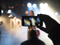 (P) Cele mai bune telefoane pentru live streaming