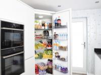 (P) De ce este momentul perfect pentru a-ți cumpăra un frigider SMART?