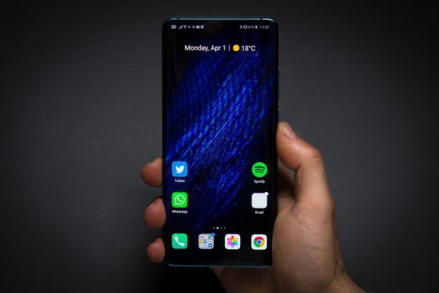 În ciuda scandalului cu SUA, Huawei a reușit să vândă 5 milioane de telefoane pe săptămână în 2019