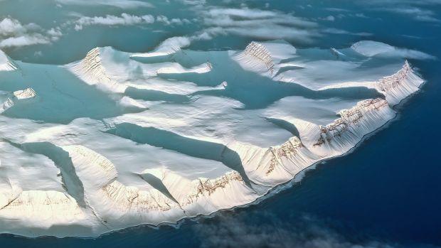 Misterul care îi neliniștește pe cercetători: ce se întâmplă cu unul dintre cei mai mari ghețari de pe planetă?