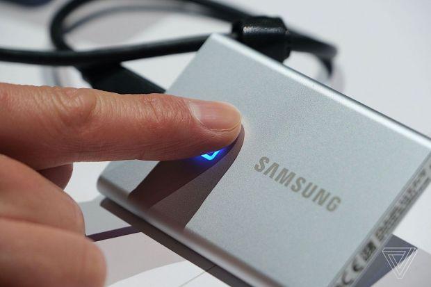 Samsung a lansat unul dintre cele mai sigure SSD-uri externe din lume. Cât va costa