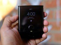 Cât de ușor este de reparat Razr, noul telefon pliabil de la Motorola? Iată cum arată când îl demontezi