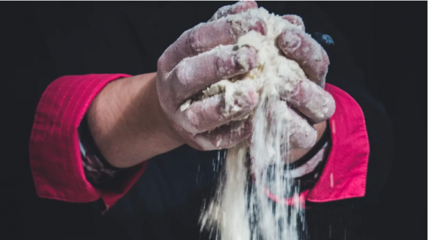 O companie finlandeză produce mâncare din hellip;aer. Ideea ar putea hrăni miliarde de oameni
