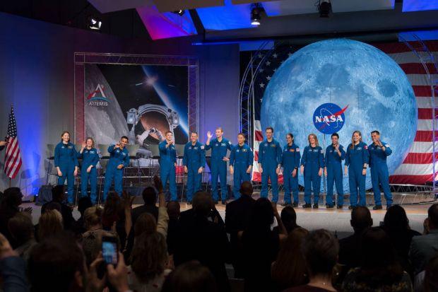 Noua generație de astronauți. NASA recrutează oameni care să exploreze Luna și planeta Marte