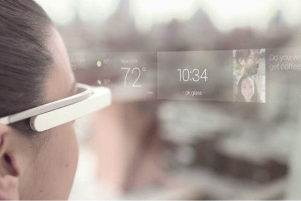 Cât de curând vom vedea primii ochelari smart de la Apple