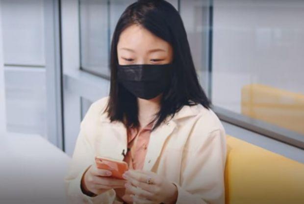 Cum poți folosi sistemul FaceID dacă porți mască de protecție? Iată ce trebuie să faci