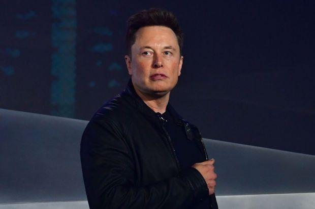 Planul nebun al lui Elon Musk pentru a conecta toată Planeta la internet