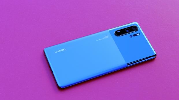 Un telefon bdquo;nou  de la Huawei ar putea apărea pe piață și va avea aplicațiile Google pe el