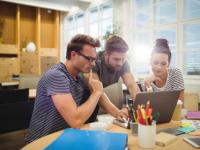 (P) 5 moduri eficiente prin care-ți menţii angajații fericiți