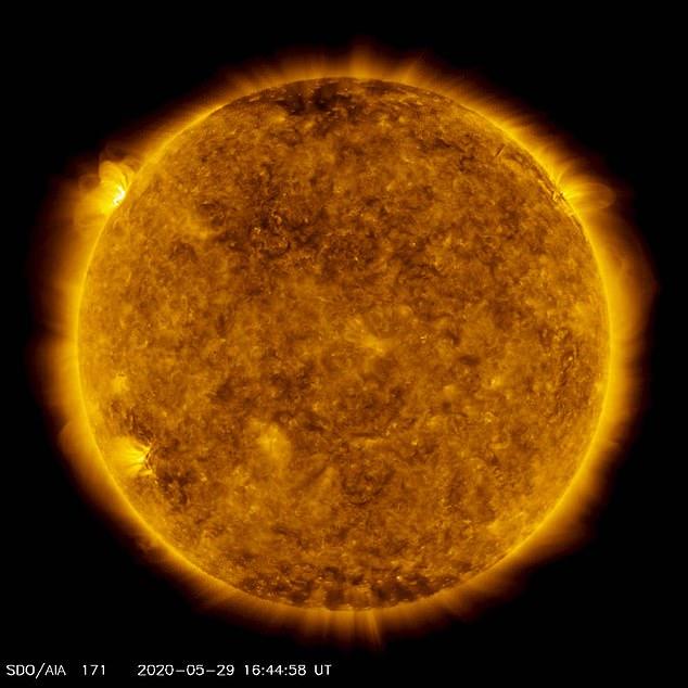 Erupție solară puternică. Ce se întâmplă cu activitatea Soarelui