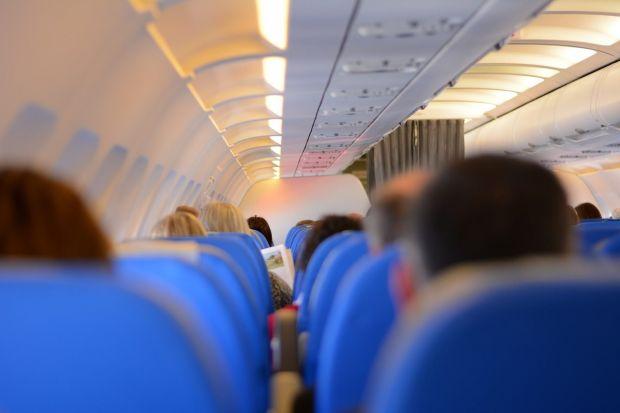 Cât de mare este riscul de îmbolnăvire într-un avion? Concluzia alarmantă a unui studiu științific