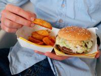 Mister elucidat! De ce unii oameni nu se îngrașă, deși mănâncă mult?
