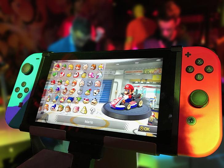 Nintendo va lansa o versiune îmbunătățită a modelului Switch