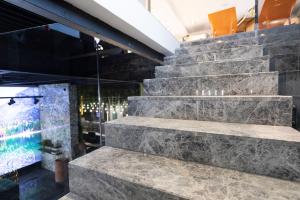 (P) Cele mai bune materiale pentru scările interioare