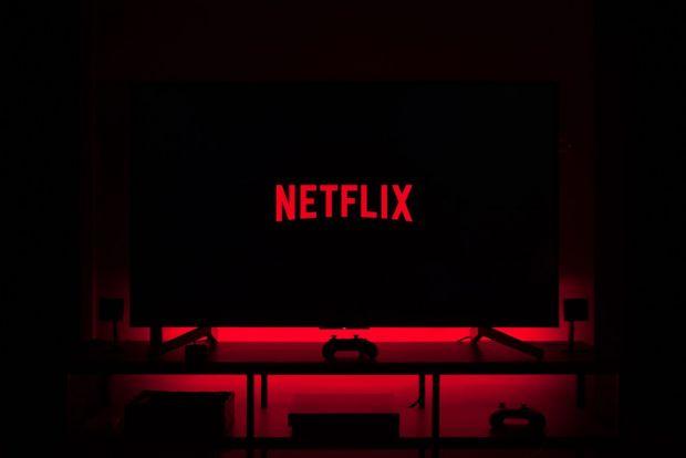 Cum poți viziona gratis conținutul original de pe Netflix, fără să-ți faci cont