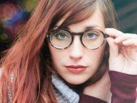 Avantajul genetic incredibil pe care îl au persoanele care poartă ochelari