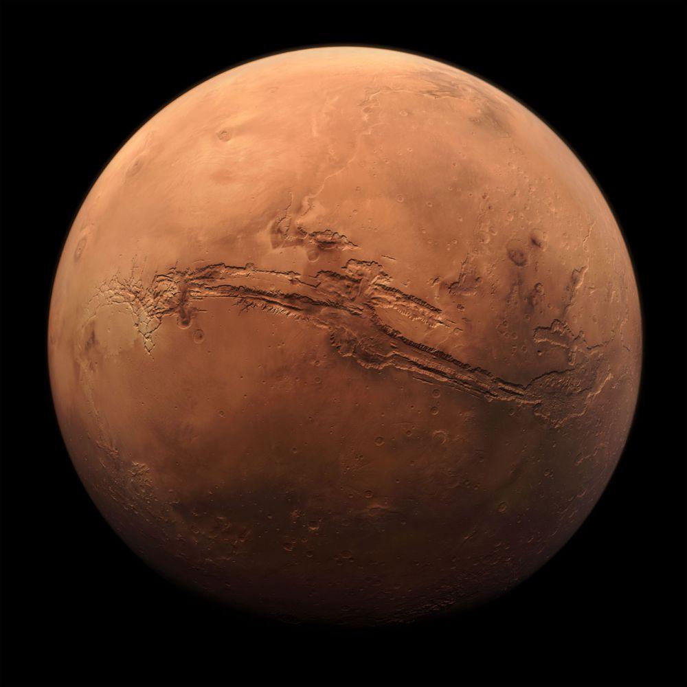 Descoperire uriașă pe Marte! Cercetătorii au observat apă în stare lichidă