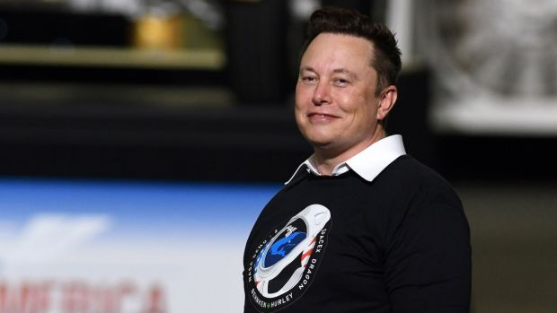 Planul lui Elon Musk pentru a conserva rasa umană: bdquo;Trebuie să ne transformăm într-o specie interplanetară